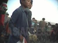 元山市内の市場の様子 2000年10月 安哲撮影