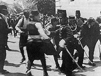 【オーストリア・ハンガリー帝国の皇太子夫妻が暗殺されたサラエヴォ事件(1914)】
