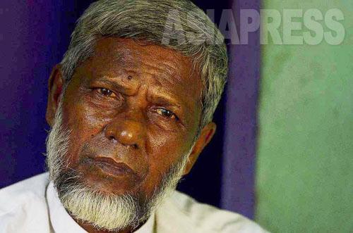 「宗教や民族の違で差別のない生活を取り戻したい」。ミャンマーの村では村長をしていたアブドゥルさん(62)は語る (2012年8月撮影:宇田有三)