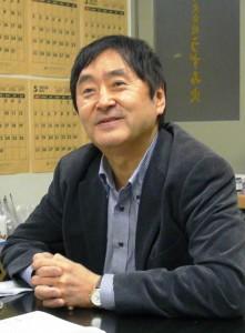 「NHK籾井会長の『慰安婦』発言は、不勉強で、週刊誌などの『俗論』に毒され暴論を吐いている」元NHK番組プロデューサーで武蔵大教授(メディア社会学)の永田浩三さんは言う。(撮影:うずみ火)