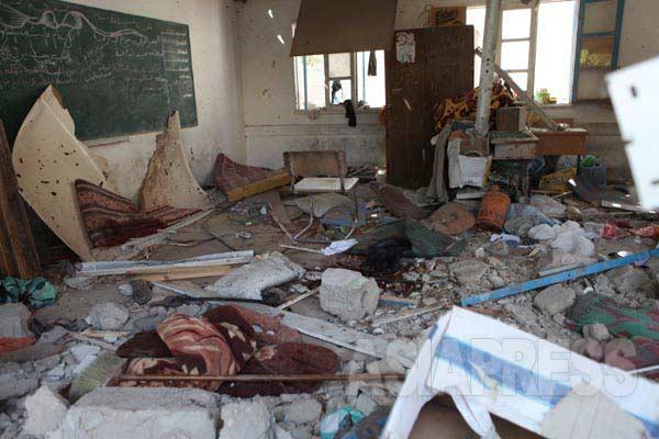 ジャバリア難民キャンプの国連の学校がイスラエル軍に爆撃。22人が死亡。140人以上が負傷した。(7月30日ガザ地区国連の学校避難所で  撮影・古居みずえ)