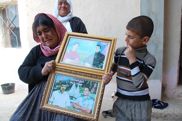 爆弾事件で亡くなった375人のうち、多数の家族が犠牲者に含まれていた女性。「私たちがなぜ狙われるのか、何をしたというのか」と嘆いた。(ギルオゼール・2011年)