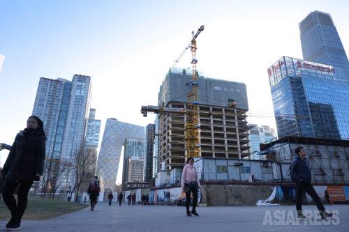 「商業エリアの開発は今も続いている」 2015年1月9日 国貿にて 撮影 宮崎紀秀