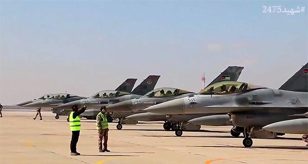 カサスベ中尉の殺害を受けて、ヨルダン政府はISへの報復空爆作戦を宣言。写真は出撃するヨルダン空軍機。(ヨルダン空軍映像)