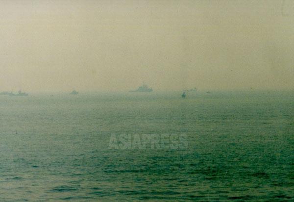 東京湾から太平洋に続く海  撮影 吉田敏浩