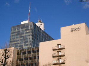 NHK放送センター(東京都渋谷区)撮影:アジアプレス