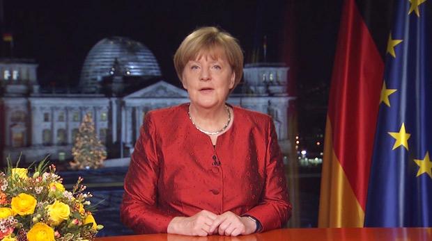 メルケル・ドイツ首相は「2016年新年のメッセージ」で、難民の支援に取り組んだ市民や警察官、兵士に感謝の言葉を述べ、「難民は明日のチャンス」と説明した。(連邦政府サイトから)