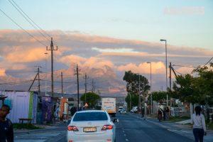 南アフリカで聴く虹色の歌声 ケープタウンのタウンシップを目指す <ひと握りのアフリカ –6>