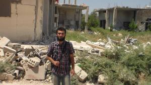 <シリア>反体制派拠点イドリブ 現地記者語る(1)自国民に爆弾落とす政府 殺戮続く(最新写真6枚)