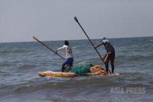 <パレスチナ>ガザ写真報告(1)父と弟が殺されたカナアーン少年は漁師に 写真4枚(古居みずえ)