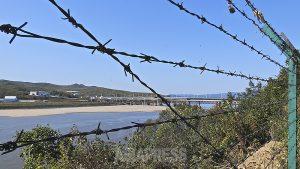 <最新写真報告>北朝鮮―中国国境を行く(2) 脱北難民が消えた! 厳戒の豆満江撮った