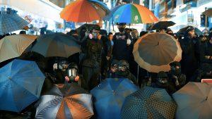 日本人が撮った香港新世代の民主化闘争 映画「香港画」が公開  (栗原佳子/新聞うずみ火)