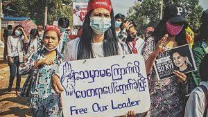 <ネット恐れる強権国家>ミャンマー軍部は遮断を強化 北朝鮮は利用率0.1%未満 最悪の統制国