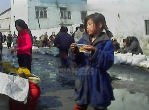 <北朝鮮内部>都市部で年寄りや子供の物乞いが増加 女児は性虐待受ける恐れあるが…