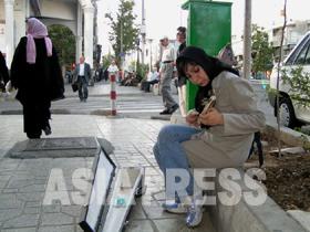 oomura_060525_01.jpg