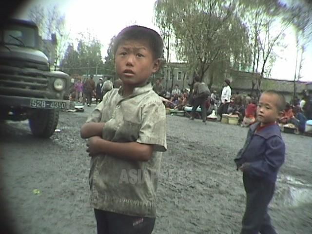 【写真特集】大飢饉時代の子供たち(1)