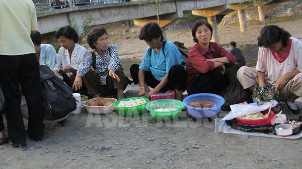 【写真特集】路地裏の美しい女性たち(2)