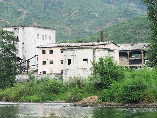 【写真特集】経済難で廃墟になった工場群(1)