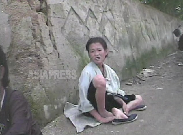 <北朝鮮> 映像に記録された少女たちの受難(1)