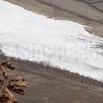 2012년 3월 같은 장소에서 촬영된 새 철조망의 모습. 남정학 기자 촬영