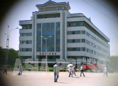 5층 건물의 평양 제1백화점은 1980년대 전반기에 건설됐다. (사진은 모두 2011년 9월 구광호 촬영)