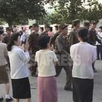 2006년 8월, 미사일발사 소동에 따라 준전시태세를 선언한 북한 정권은 긴급하게 지원병을 모집했다.