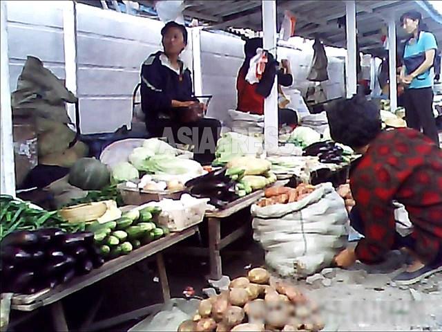 청진시의 시장 2013년 9월 촬영 아시아프레스
